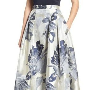 Size 2 Eliza Floral High/Low Skirt